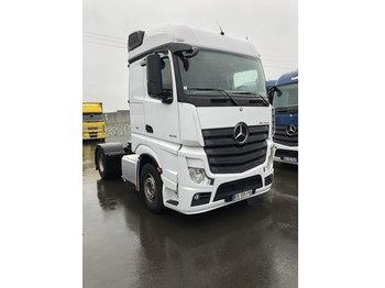 MERCEDES-BENZ Actros 1845 Streamspace Voith L952095 - тягач