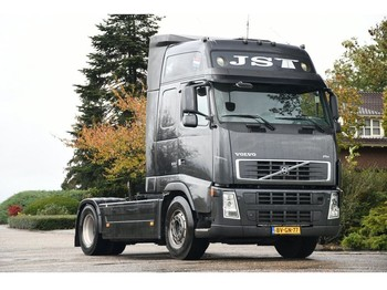 Тягач Volvo FH 520!!EURO5!! FULL OPTIONS!!